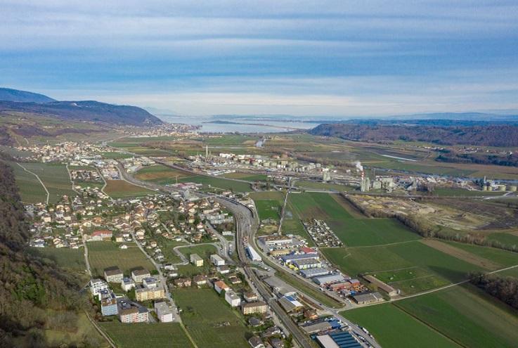Groupe E exploite le chauffage à distance Entre-deux-Lacs à Cornaux (Neuchâtel)